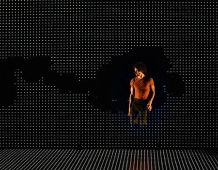 photo-specacle-pixel-mourad-merzouki-odyssud-scene-des-possibles
